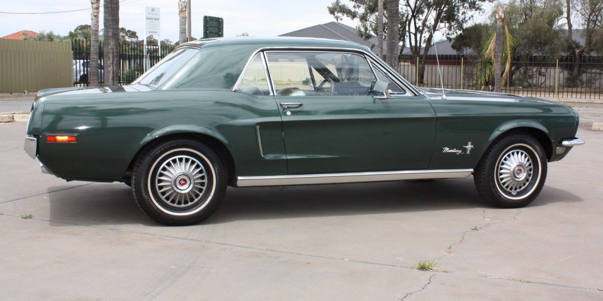 1968 Ford Mustang 6-cyl Green