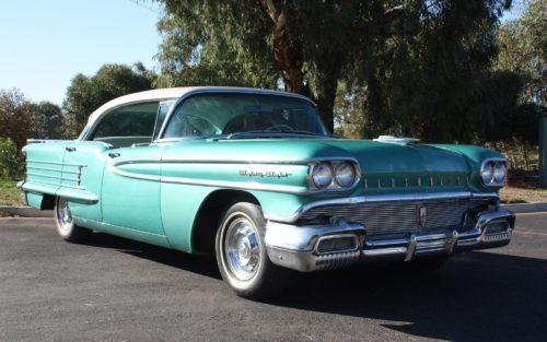 1958 Oldsmobile 88 - green