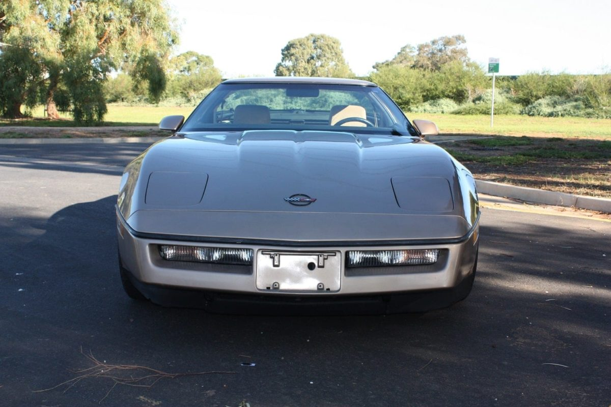 1985 Chevrolet Corvette Coupe - bronze
