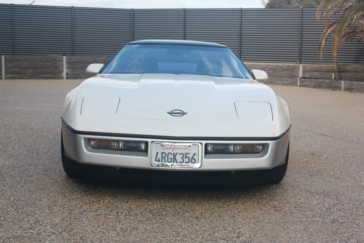 1989 Chevrolet Corvette white